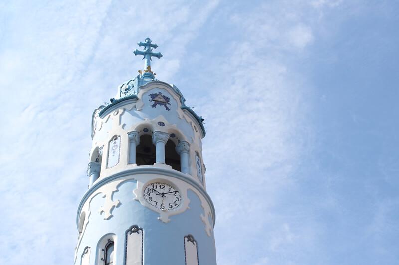 青の教会の時計